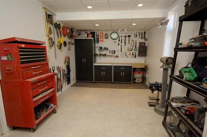 Kingsway Garage